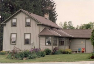 Melrose farm house (circa 2000)