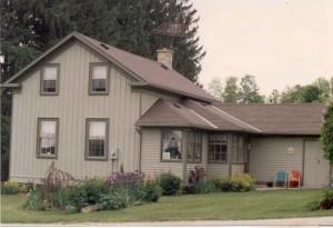 Melrose farm house (circa 2000)
